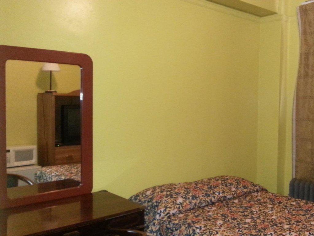 Bright 3 Bedroom Home With Beach Views Sleeps 6