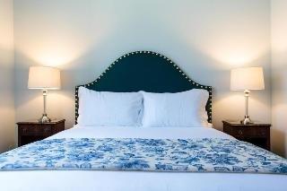 Dear Lisbon Palace Chiado Suites