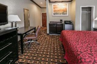 The Atrium Hotel & Suites