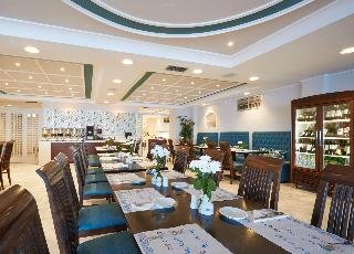 Volcano View Hotel & Celestia Grand
